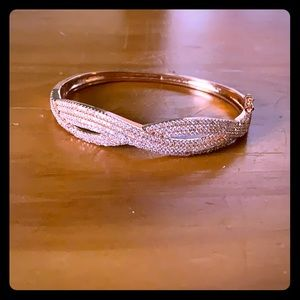 Jewelry - Rose gold bracelet